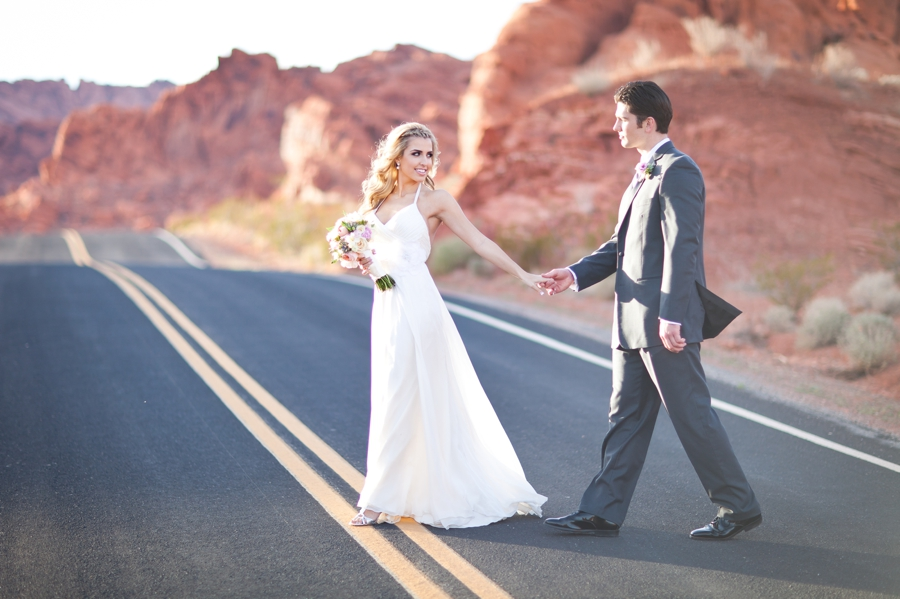 Vintage Wedding Dresses Las Vegas: Valley Of Fire Styled Shoot